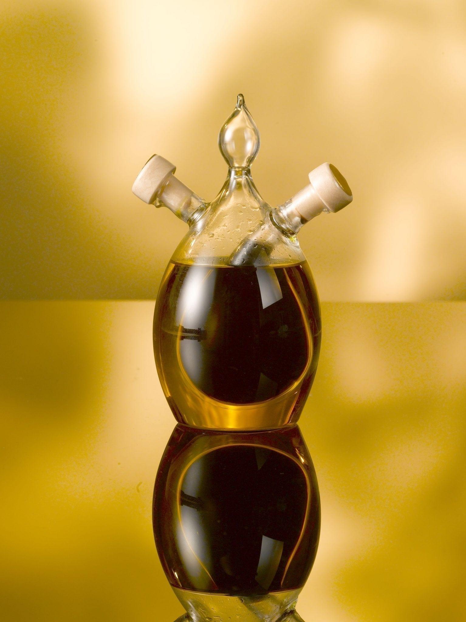 Olive oil and balsamic vinegar, 100ml oil/40 ml Balsamic